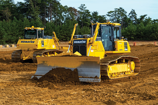 Read more about the article Customers Test Komatsu Equipment at Demo Days