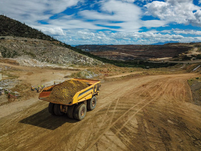 Read more about the article At Komatsu Arizona Proving Grounds Attention to Detail Is Essential