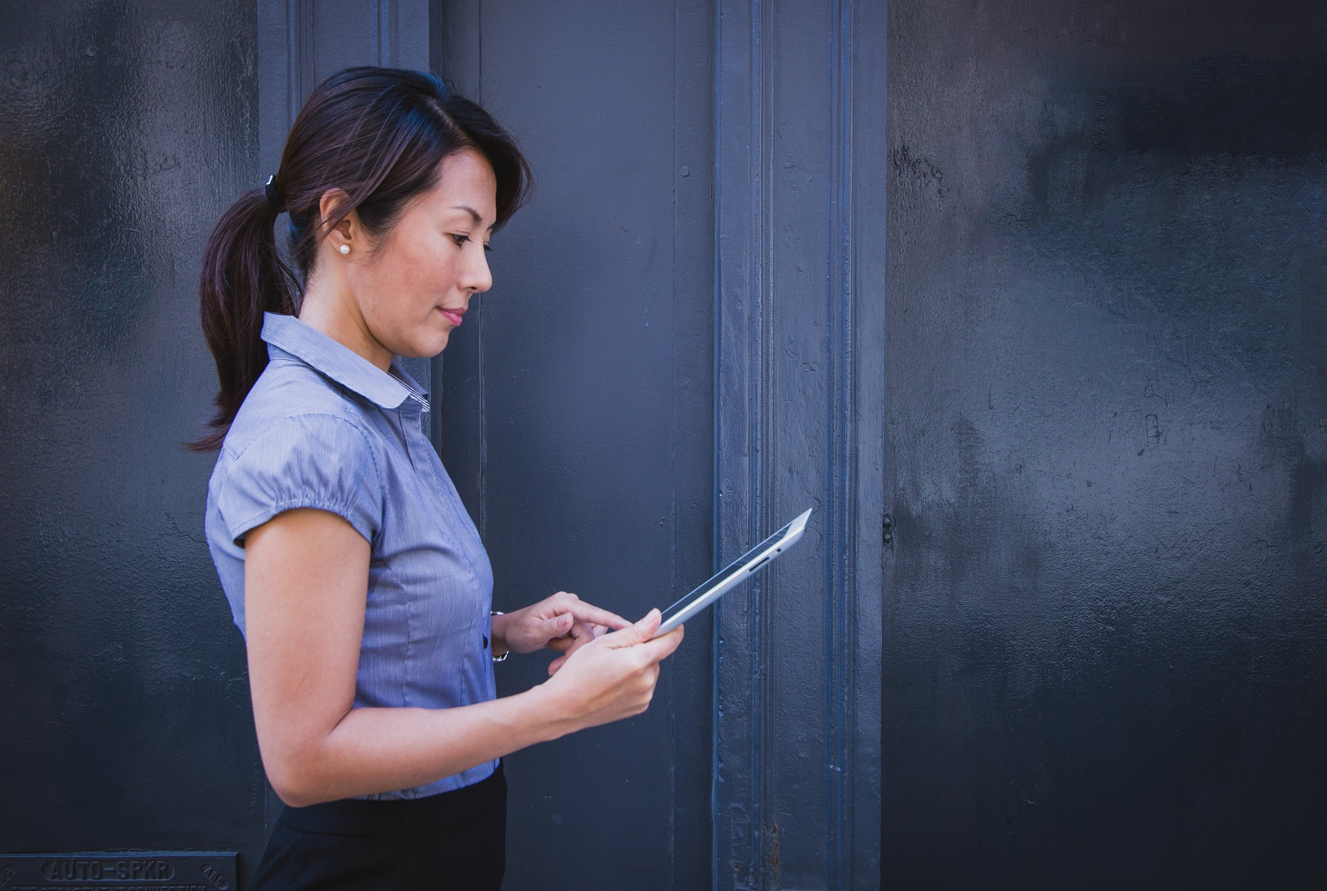 Read more about the article Women in Engineering Jobs: Encouraging Professional Exploration