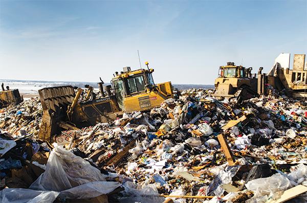 Warranty, price prompt landfill to add Komatsu dozer to fleet