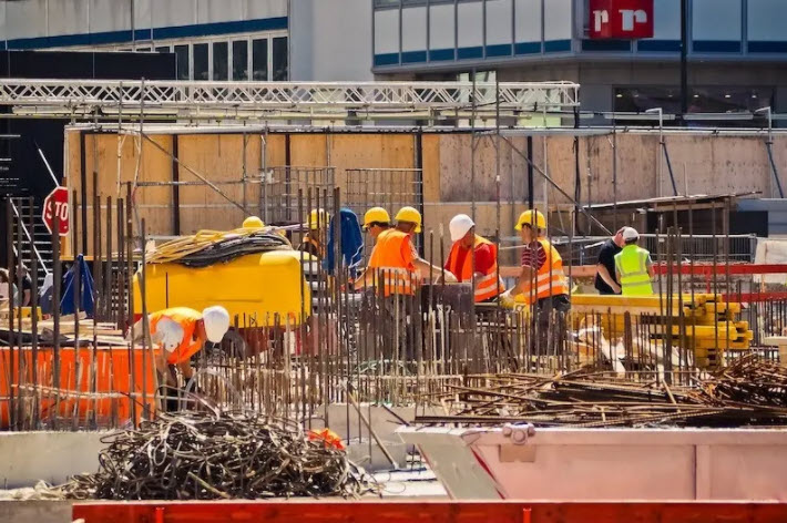 Construction employment in January lags pre-pandemic mark