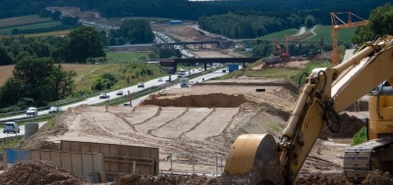 What contractors should know before going after public projects