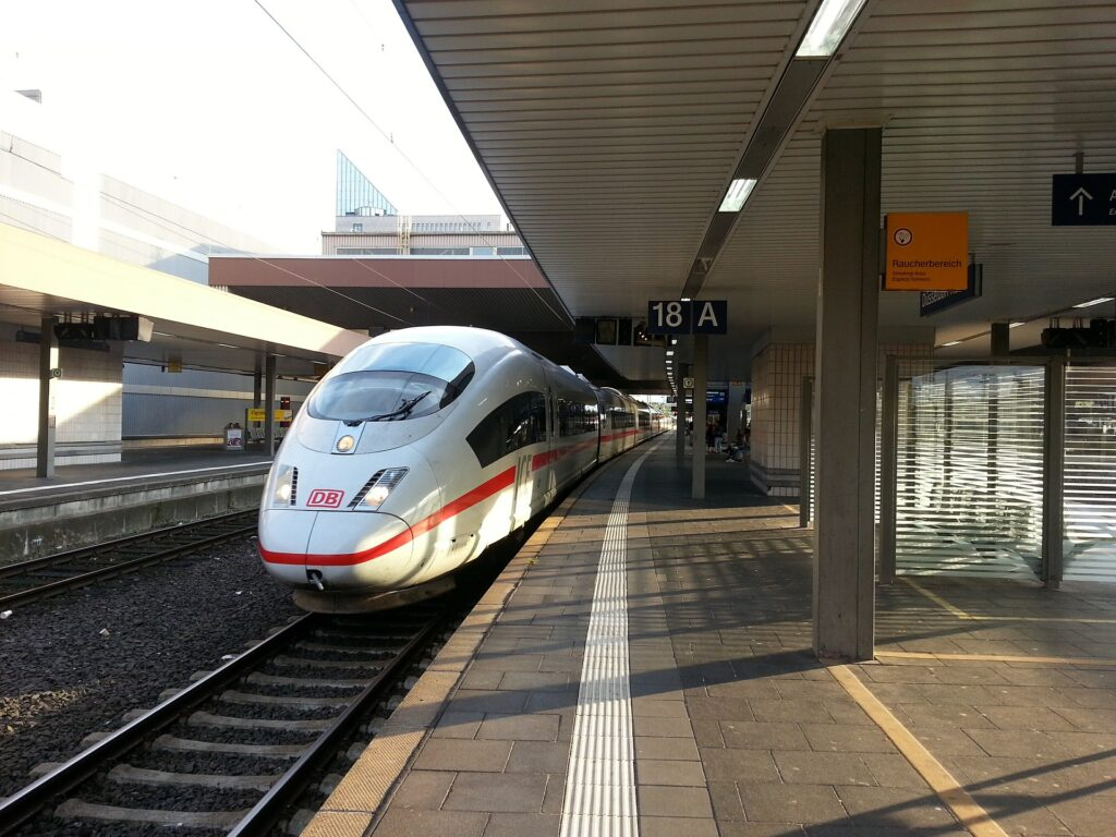 Texas High Speed Rail Contracts Signed for 17 Billion